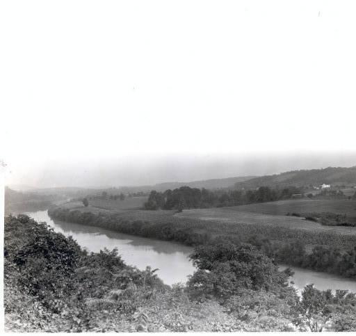 A view up the Kentucky River near Gratz, Kentucky, Owen County