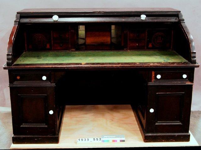 Bramlette Desk